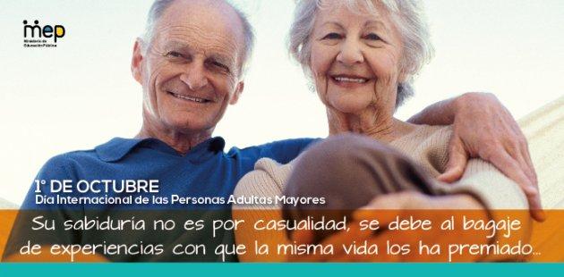 Afiche Digital donde se observa dos adultos mayores felices y sonriendo