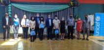 Entrega oficial de kits educativos para estudiantes migrantes